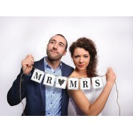 "Guirlande en lettres ""Mr & Mrs"" blanc photobooth"