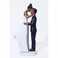 Un couple mariée mate et marié mat