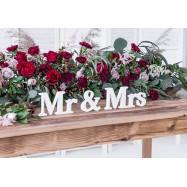 Mr & Mrs en bois mise en scène fleurs