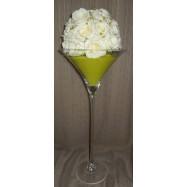 Vase martini avec des perles et une demi boule de roses blanches vert pomme